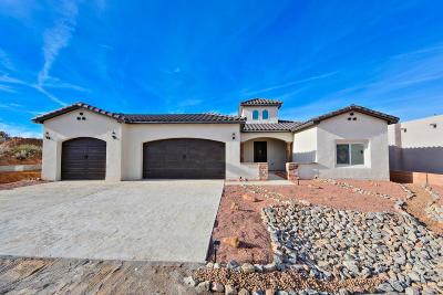 Sandoval County Single Family Home For Sale: 513 Monterrey Road NE