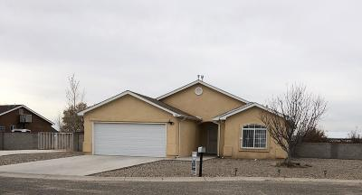 Valencia County Single Family Home For Sale: 204 Clinton Court