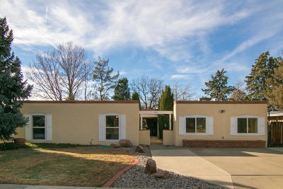Albuquerque Single Family Home For Sale: 4405 Andrew Drive NE