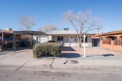 Albuquerque Single Family Home For Sale: 119 Espejo Street NE