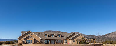 Santa Fe County Single Family Home For Sale: 61 Moonbeam Ranch Road # C