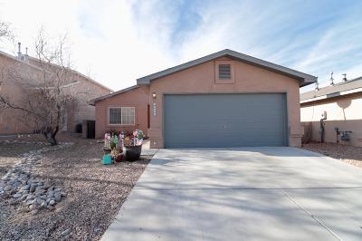 Albuquerque Single Family Home For Sale: 10423 Country Manor Place NW