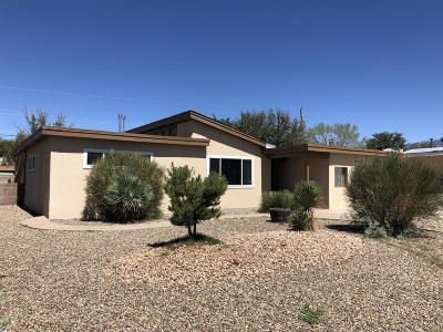 Albuquerque Single Family Home For Sale: 2523 Stevens Drive NE