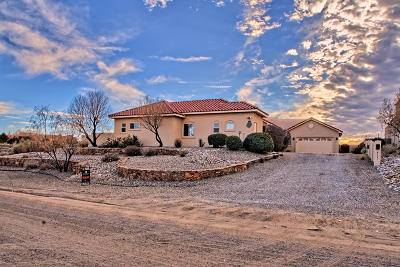 Rio Rancho Single Family Home For Sale: 6624 Pasilla Road NE