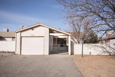 Rio Rancho Single Family Home For Sale: 4909 Turquoise Drive NE