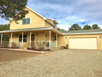 Tijeras Single Family Home For Sale: 15 Edge Of Woods Road