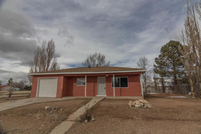 Tijeras, Cedar Crest, Sandia Park, Edgewood, Moriarty, Stanley Single Family Home For Sale: 907 Center Avenue
