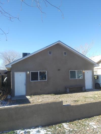 Multi Family Home For Sale: 219 Columbia Drive SE
