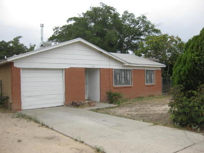 Albuquerque Single Family Home For Sale: 713 59th Street NW