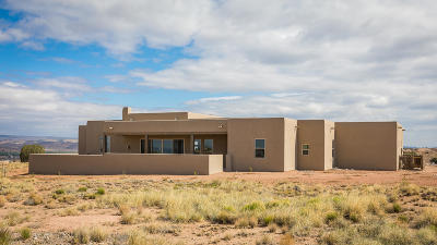 Placitas Single Family Home For Sale: 7 Pueblo Bonito Road