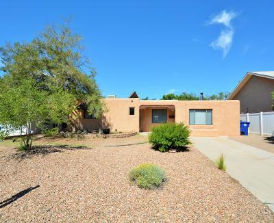 Albuquerque Single Family Home For Sale: 909 Laguayra Drive NE