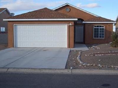 Valencia County Single Family Home For Sale: 15 Rosa Avenue