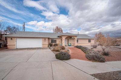 Bernalillo County Single Family Home For Sale: 4801 Dodge Avenue NW