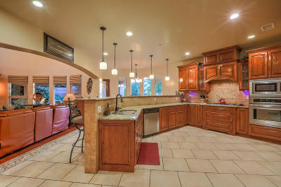 Albuquerque Single Family Home For Sale: 7704 Florence Avenue NE