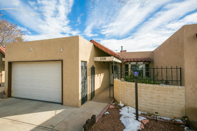 Attached For Sale: 590 Diez Y Ocho Court SE