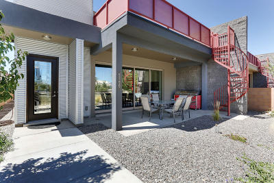 Bernalillo County Single Family Home For Sale: 5759 University Boulevard SE