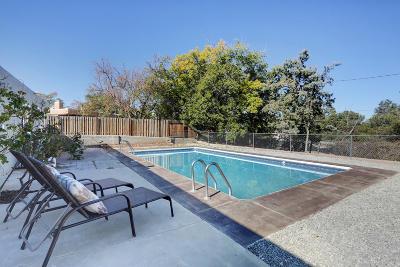 Bernalillo County Single Family Home For Sale: 5613 Avenida Serena Place NW