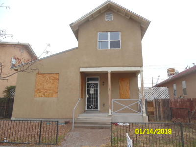 Bernalillo County Single Family Home For Sale: 904 3rd Street SW