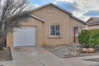 Bernalillo County Single Family Home For Sale: 7320 Rockwood Road SW