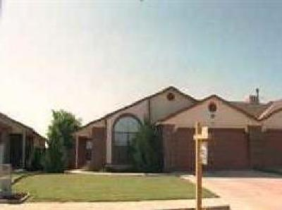 Valencia County Single Family Home For Sale: 906 Entrada Drive SW