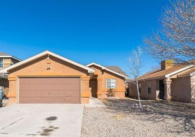 Albuquerque NM Single Family Home For Sale: $137,800