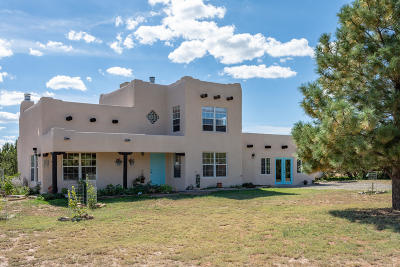 Tijeras, Cedar Crest, Sandia Park, Edgewood, Moriarty, Stanley Single Family Home For Sale: 10 Risco Road
