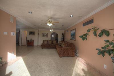 Albuquerque Single Family Home For Sale: 831 Delamar Drive NW