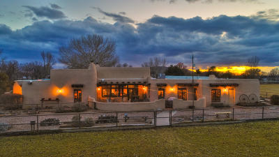 Los Lunas Single Family Home For Sale: 18 Rivendell Lane SE