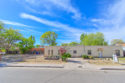 Albuquerque Single Family Home For Sale: 4708 Glendale Road NW