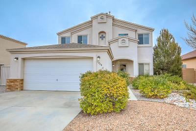 Albuquerque, Rio Rancho Single Family Home For Sale: 7020 Terrazas Road NW