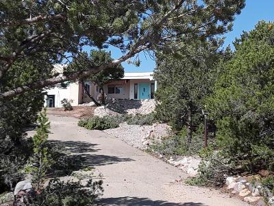 Santa Fe Single Family Home For Sale: 305 Calle Oso