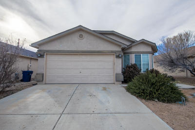 Valencia County Single Family Home For Sale: 721 Blue Sage Avenue SW