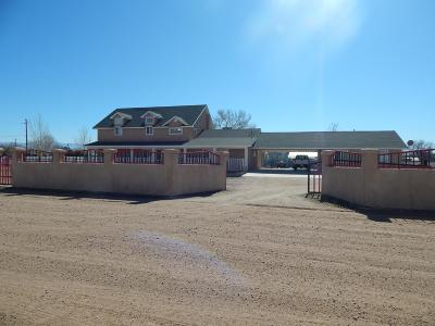 Los Lunas Single Family Home For Sale: 2 Sandia Road