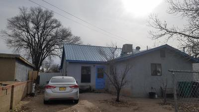 Albuquerque Single Family Home For Sale: 1944 Blake Road SW
