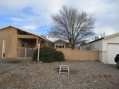 Rio Rancho Single Family Home For Sale: 4850 Platinum Loop NE