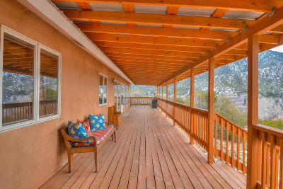 Santa Fe County Single Family Home For Sale: 1661 Cerro Gordo Road