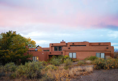 Valencia County Single Family Home For Sale: 24 Madrone Flyway