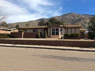 Albuquerque Single Family Home For Sale: 3000 Matador Drive NE