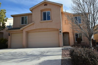 Los Lunas Single Family Home For Sale: 1110 Festival Road NW