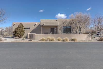 Bernalillo Single Family Home For Sale: 700 Avenida Los Suenos