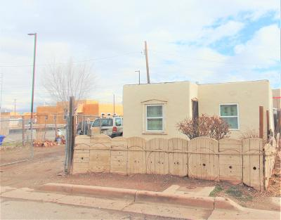 Albuquerque Single Family Home For Sale: 2724 5th Street NW