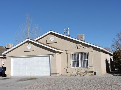 Albuquerque Single Family Home For Sale: 2208 Desert Breeze Drive SW
