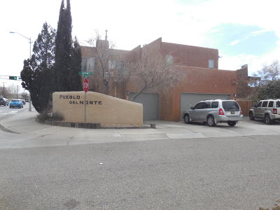 Albuquerque Multi Family Home For Sale: 802 Southeast Circle NW