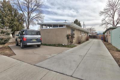 Albuquerque Multi Family Home For Sale: 4208 Mesa Grande Place SE