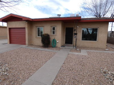 Albuquerque Single Family Home For Sale: 2842 Quincy Street NE