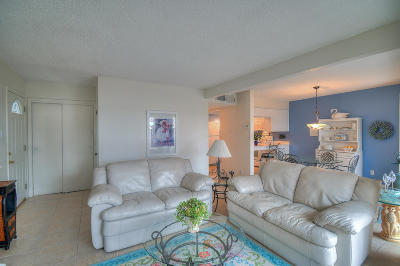 Albuquerque Attached For Sale: 4701 Country Club Lane NW #G2