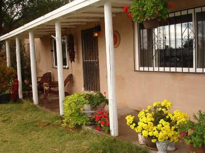Albuquerque Single Family Home For Sale: 6503 2nd Street NW