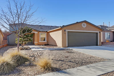 Albuquerque Single Family Home For Sale: 2905 McKinnon Way SW