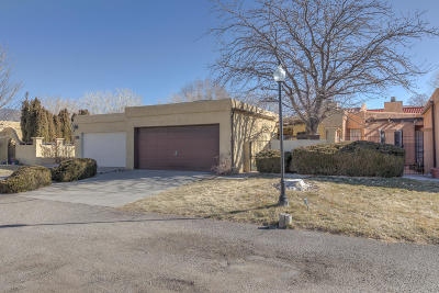 Attached For Sale: 618 Meadow Green Court SE