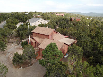Tijeras, Cedar Crest, Sandia Park, Edgewood, Moriarty, Stanley Single Family Home For Sale: 12 Venado Road